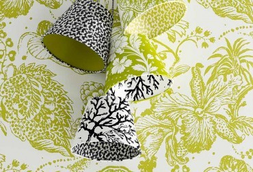 Wall flowers – deliciously fresh fabrics and wallpapers
