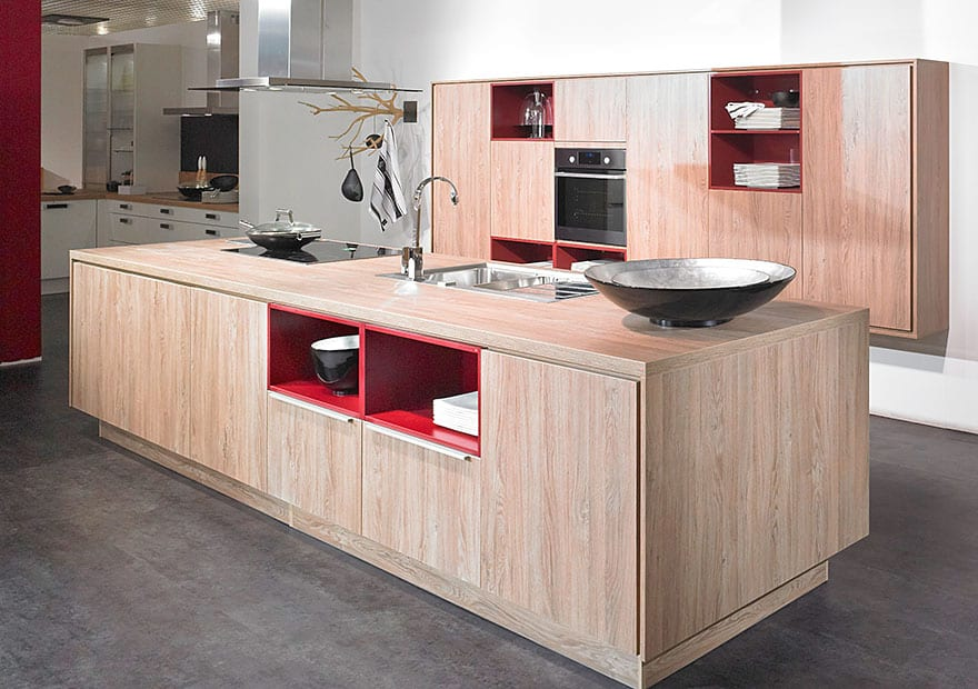 Lightly oaked in toto kitchens offering new look homes for Cuisine wellmann
