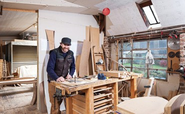 Angus Ross, furniture maker