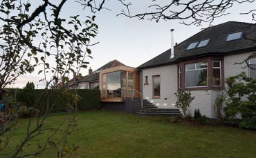 Extension brings a touch of modernity to suburb