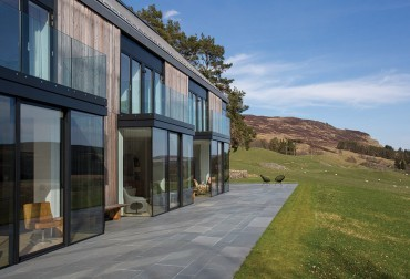 This contemporary Highland steading is worth shouting about