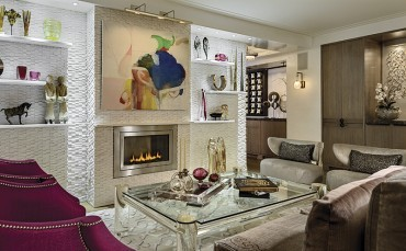 New York apartment transformed into a plush pied a terre