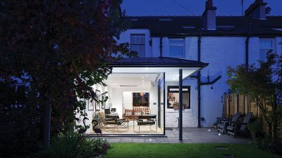 Modern glass extension updates Edwardian townhouse in Glasgow