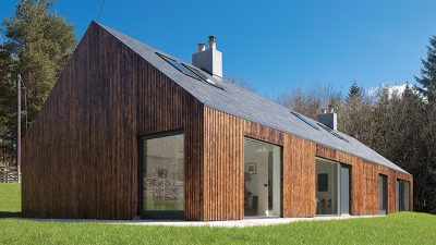 Renovation of a 1970s bungalow looks like a slick new build