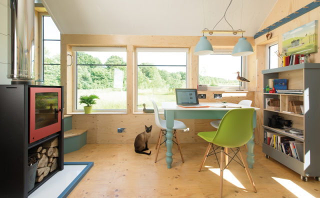 Jonathan_Avery_architecture_Tiny_House_West-Lothian_Scotland_3.jpg