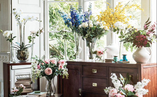 MULTIYORK-l-Faux-Flowers-Lifestyle-Image.jpg