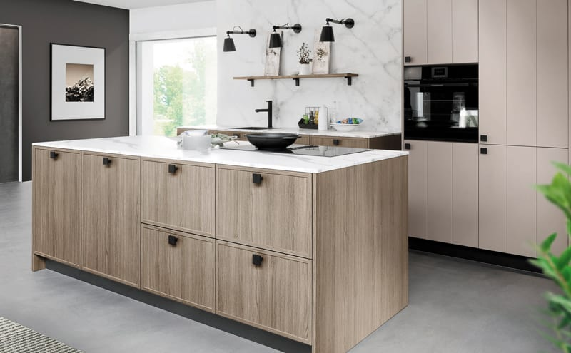Rotpunkt-Karo-Luxio-Kitchen-in-New-City-Grey-Oak-Terragrey-by-Rotpunkt-HR1a..jpg