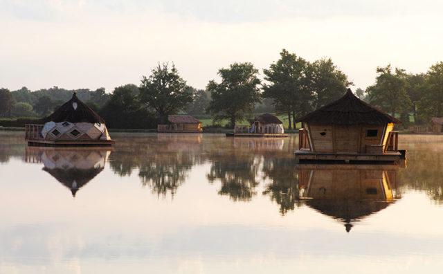 PHAIDON-BOOKS-Unusual-places-to-live-_Living-On-Water_Phaidon-p162-163_RockTheBoat_VillageFlottant.jpg