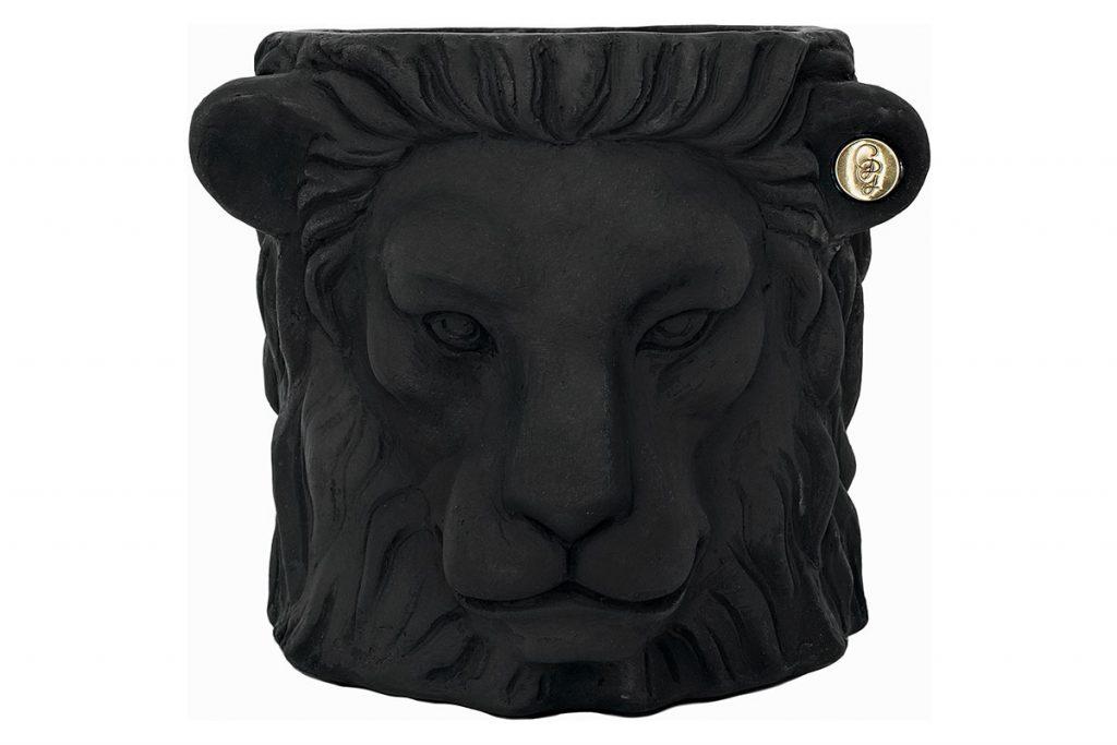 Lion-head-plant-pot-from-Amara