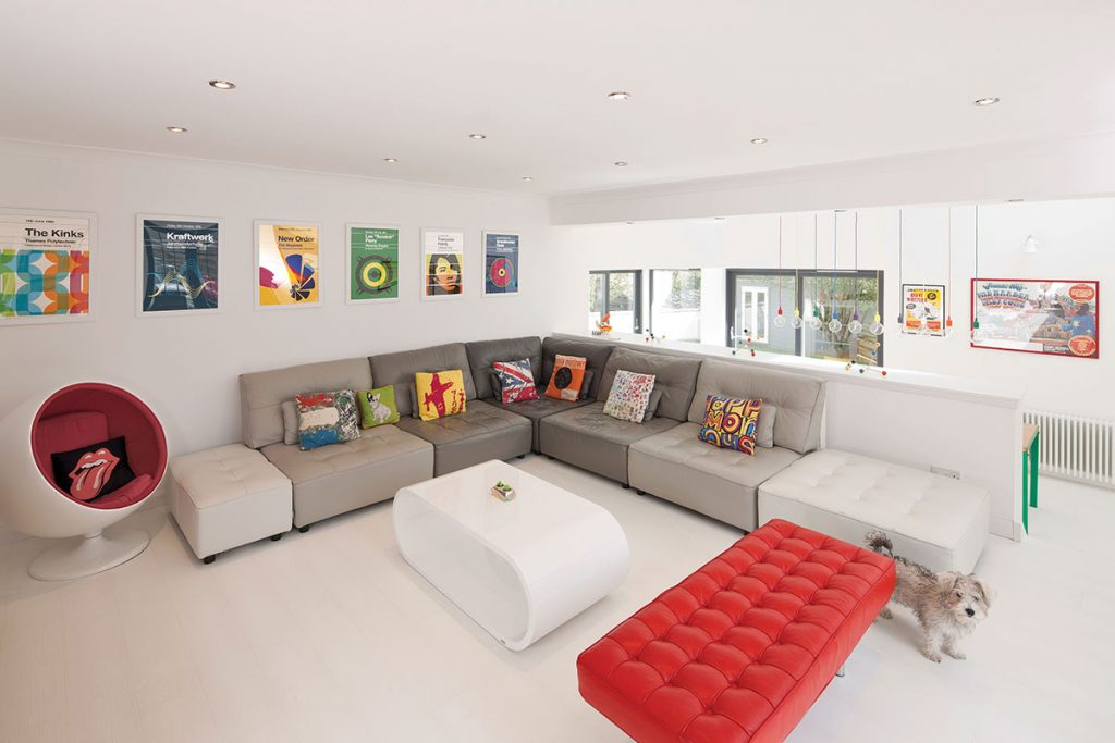 colourful-living-room-with-music-prints
