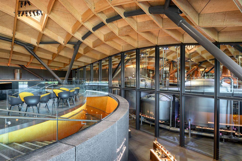 Rogers-Stirk-Harbour-Partners_Macallan-Distillery-Joas-Souza