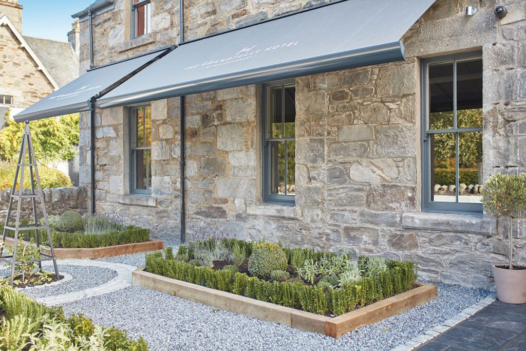 Grandtully-Hotel-Garden