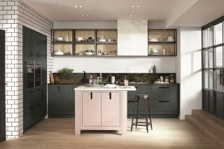 Pink_Kitchen_with_subway_tiles