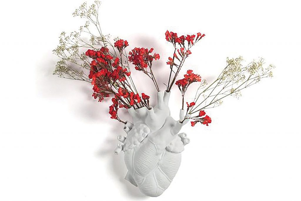red-heart-vase