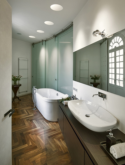 amtico-flooring-in-bathroom