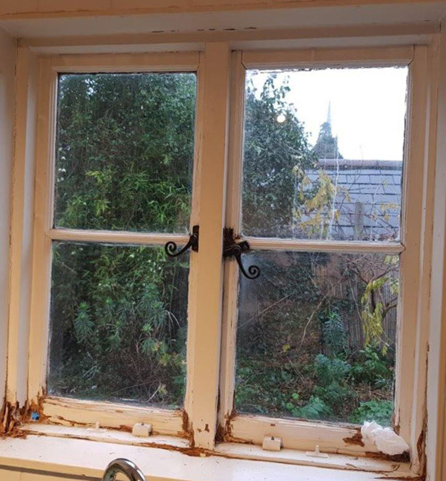 Casement-Window-Renovation-by-Ventrolla-BEFORE