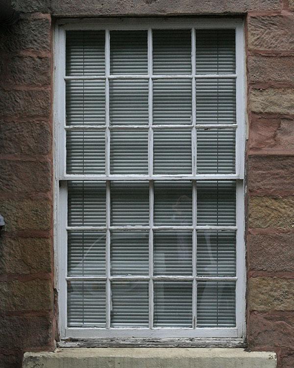 Sash-&-Case-Window-BEFORE