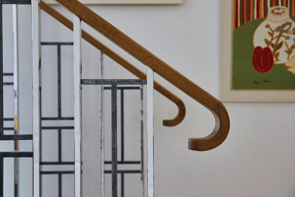 Bisca-6942-Art-Deco-Inspired-Balustrade