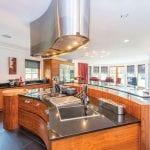 Rettie-Bannoc-House-(separate-entrance)-BannocHouse-kitchen