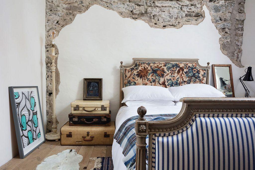 bedroom-in-kilmartin-castle