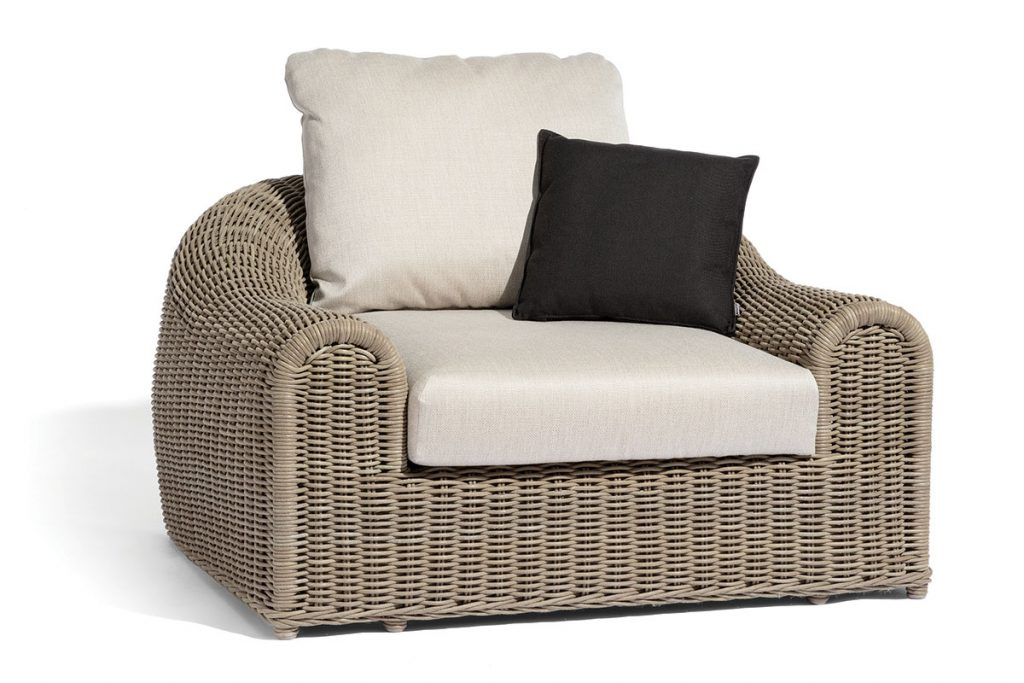 Juliettes-InteriorsDesigner-Wicker-Contemporary-Outdoor-Garden-Armchair