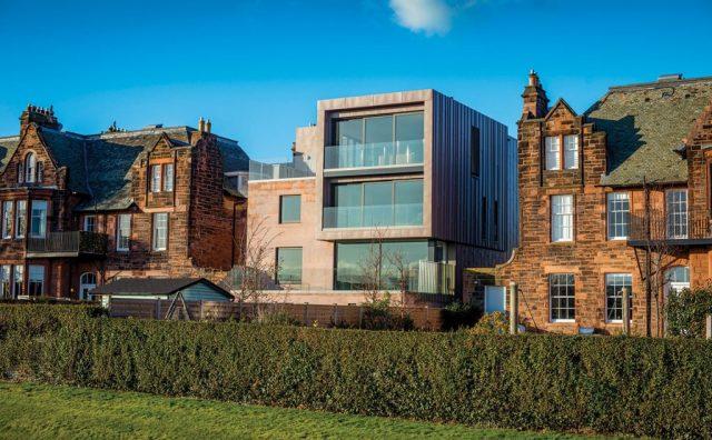 1exterior-shot-of-house-in-edinburgh.jpg