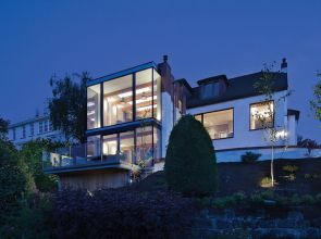 Installation of glass transformed a standard 1930s villa on the outskirts of Glasgow