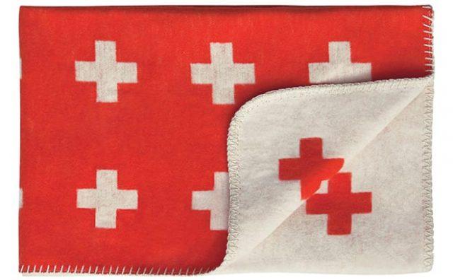 Cross-Blanket_red-2.jpg