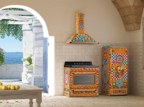 Smeg's collaboration with Dolce & Gabbana continues