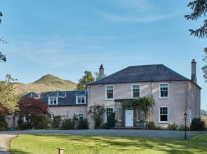 Remodelling a six-bedroom Georgian country pile in Stirlingshire has given it a new lease of life