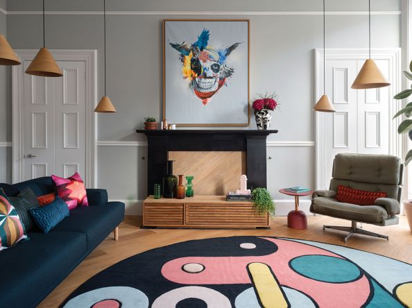 Working bright colours confidently came easily to this interior designer for his flat in Edinburgh