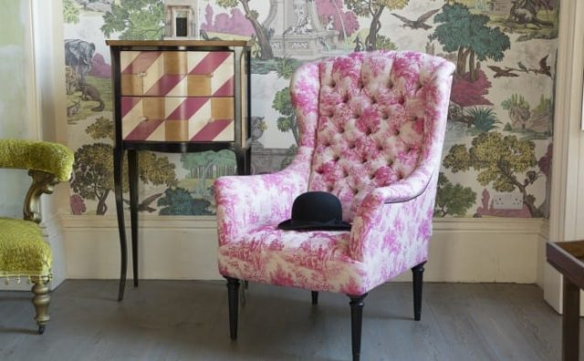 wainwright_chair_in_bizet_hot_pink_2-696x464.jpg
